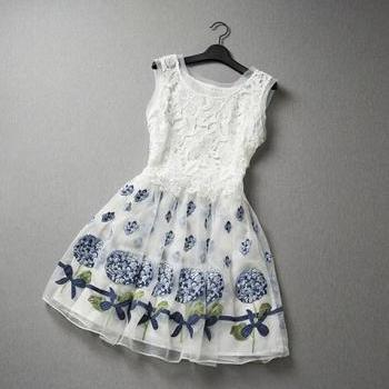 Fashion Organza Embroidered Stitching Lace Party Dress